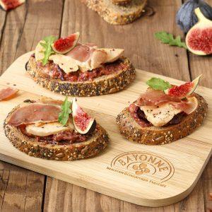Toast foie gras figue jambon_carre